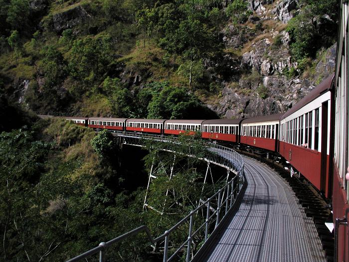 train7017191