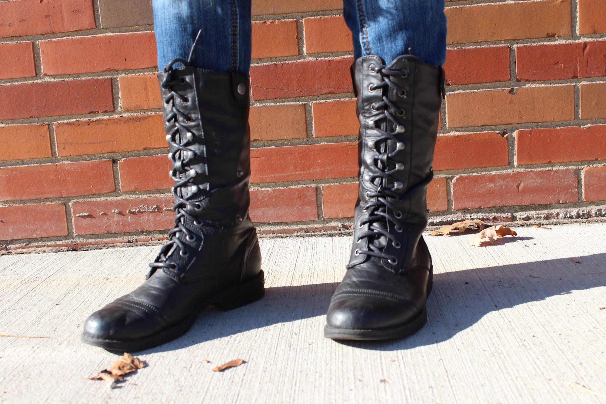 HOW TO: Wear motorcycle boots as a part of your winter wardrobe ...