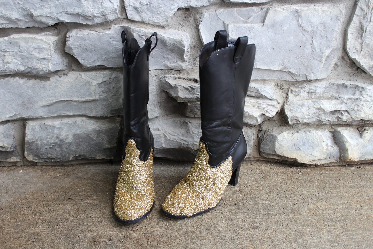 How To Diy Glitter Shoes Grand Central Magazine Your