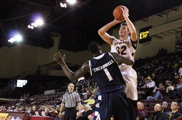 Blake Hibbitts takes a shot against Akron at McGuirk Arena on Jan. 25, 2014. (Photo | Christopher Holman)