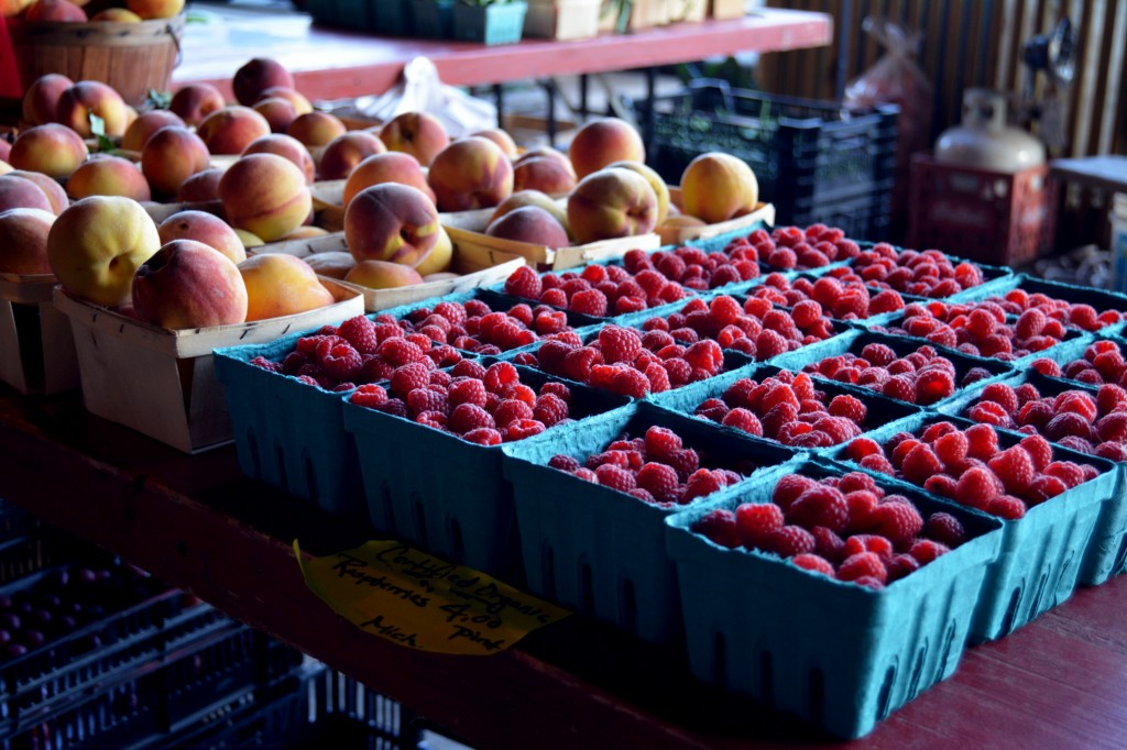 Raspberries and peaches are abundant at the Mount Pleasant Farmers' Market on Saturday, Sept. 25, 2014. (Photo | Andrea Henk)