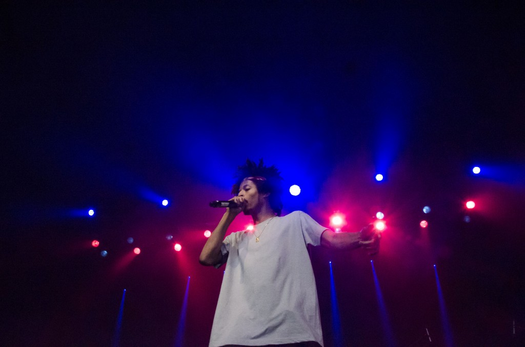 Curtis Williams of Two-9 dominates the stage as the opener for Ludacris. (Photo   Claire Abendroth)