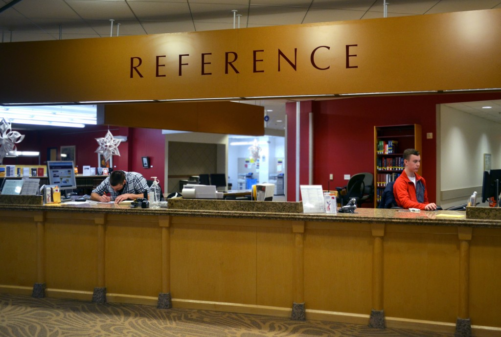 The reference desk at the Charles V. Park Library is a great resource for students who are struggling to find information. (Photo I Sam Porter)