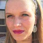 CMU sophomore Ashley Moyers wears a deep berry lip color. (Photo I Colleen Dluzynski)