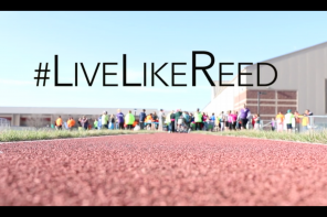 Video: #LiveLikeReed Glow Run