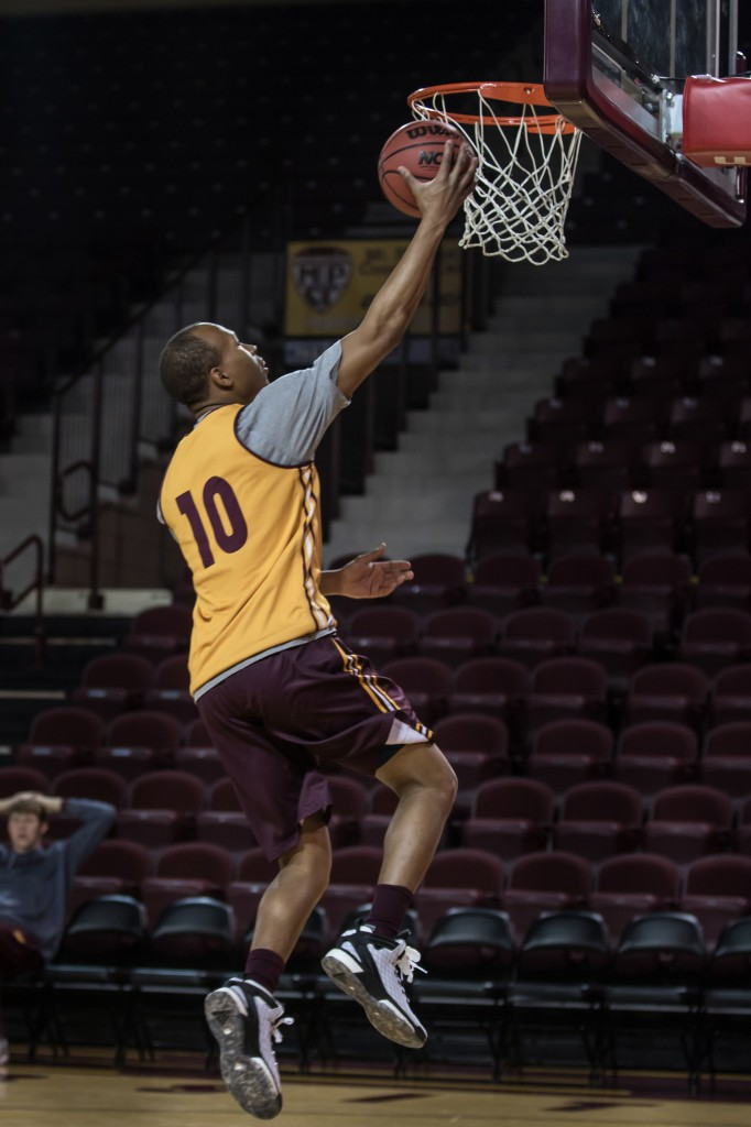 Austin Stewart goes up for a lay up before the Maroon and Gold Scrimmage in McGuirk Arena, on the campus of Central Michigan University, Mt. Pleasant, MI, Saturday, October 17, 2015.