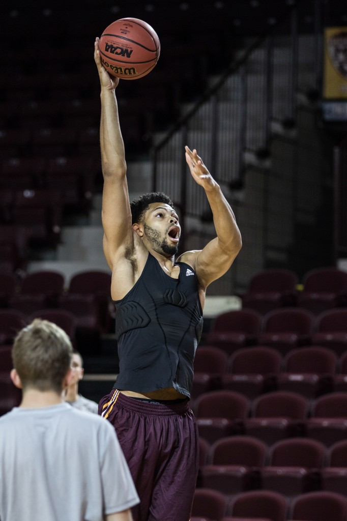 Dahrohn Scott practices his hook shot before the Maroon and Gold Scrimmage in McGuirk Arena, on the campus of Central Michigan University, Mt. Pleasant, MI, Saturday, October 17, 2015.