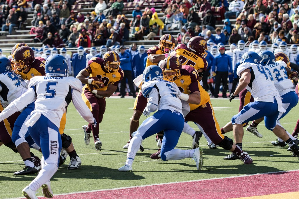 Jay Roberson looks for a touchdown during the football game against the University at Buffalo on the campus of Central Michigan University, Mt. Pleasant, MI, Saturday, October 17, 2015.