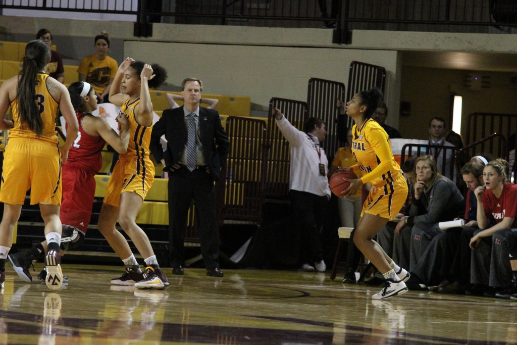 Guard Jasmine Harris (0) lines up for the three pointer in the win against Miami University at McGurick arena on the campus of Central Michigan University on January 30, 2016.
