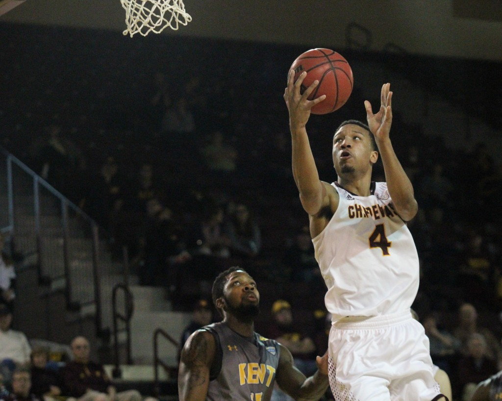 Guard Rayshawn Simmons goes up for the reverse layup at McGurick Arena on the campus of Central Michigan University on February 3, 2016.
